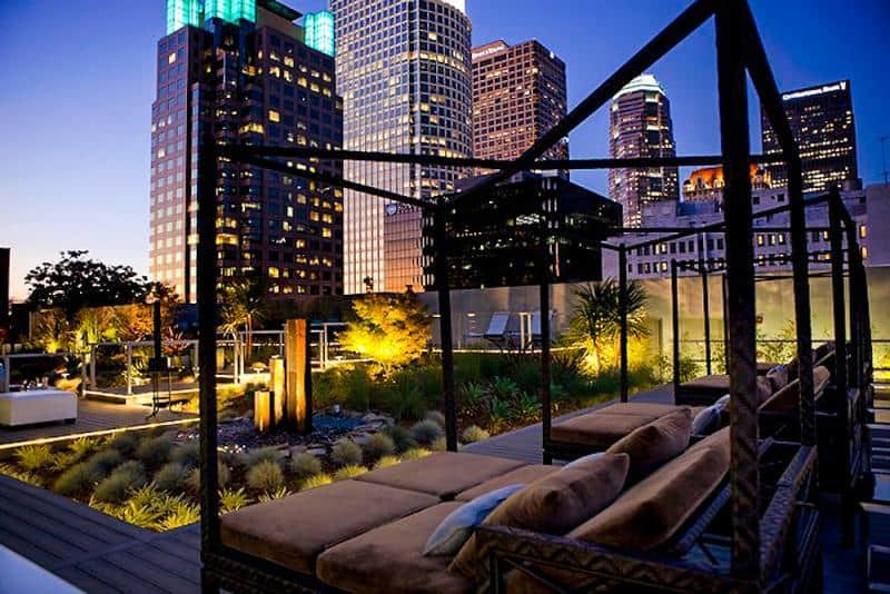 downtown-la-34th-floor-luxury-suite_57339_13509879861_1